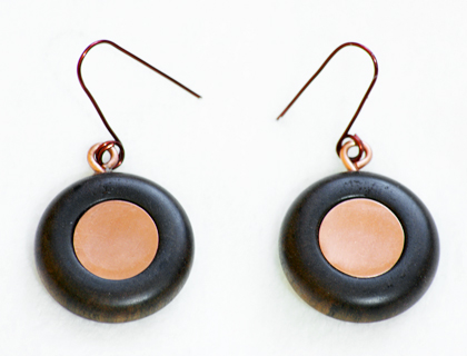 Cobredera disc earrings