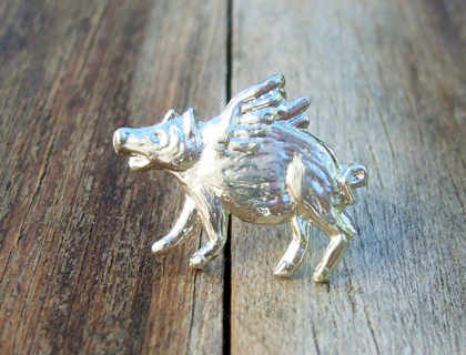 handcastpewter flying pig brooch