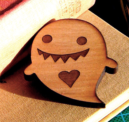 Love ghost brooch by Implant