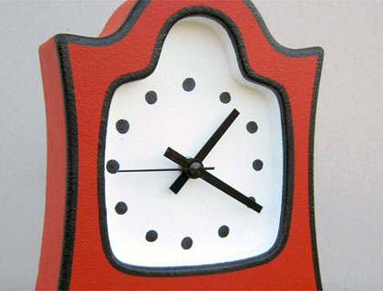 Small Mantle Clock by Kinetic Craft