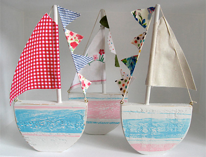 Small wooden sailboat by Pippistitch