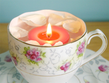 Box of five scented soy floating candles by Rose in Thorns