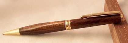 treessetfree walnut pen prize draw