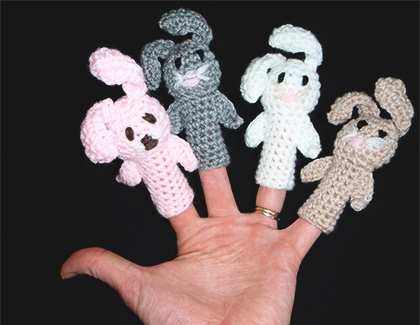 Knitted rabbit finger puppets by Yummy Kids