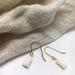 Single flower gold earrings