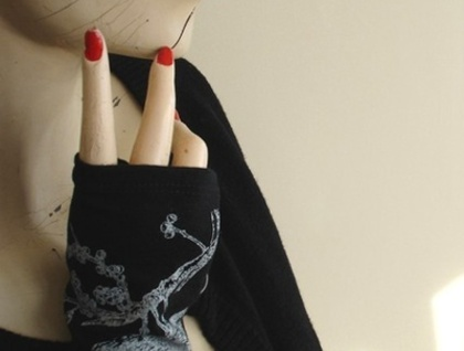 Merino fingerless gloves- Black Bird - Donated by Kate Watts