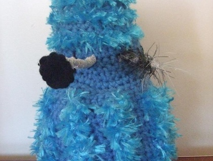 Fluffy Blue Crocheted Dalek - Donated by Jacber