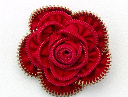 Vintage Red Rose Zippitydoodah - Donated by Zippitydoodah