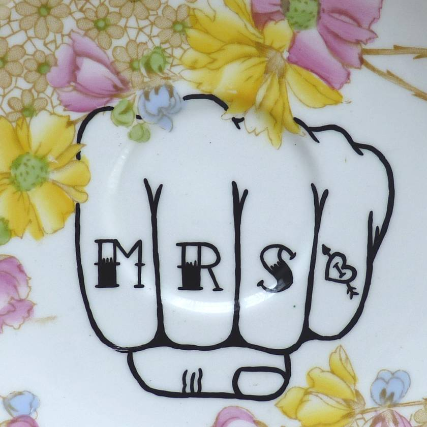 Mr & Mrs knuckle tattoo – upcycled vintage plates