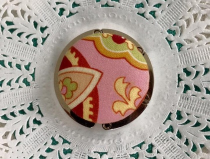 Pretty Button Handbag Hook
