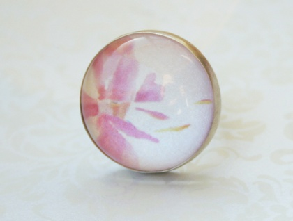 SALE - Orchid dreaming clear bezel ring