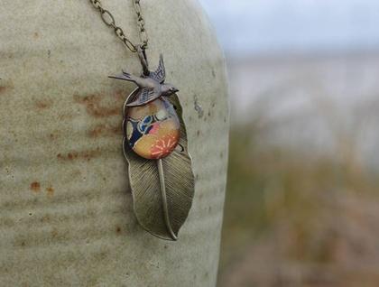 teardrop feather pendant