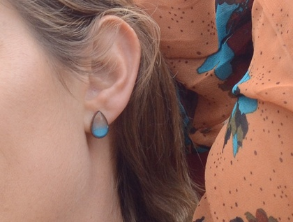 ombre teardrop studs - blue and gold
