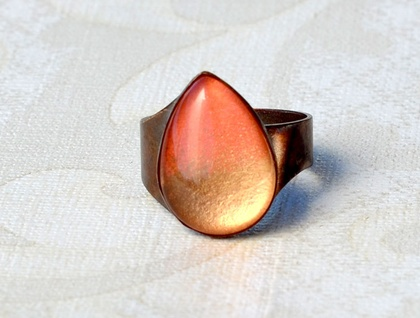 ombre teardrop ring - coral and gold dipped