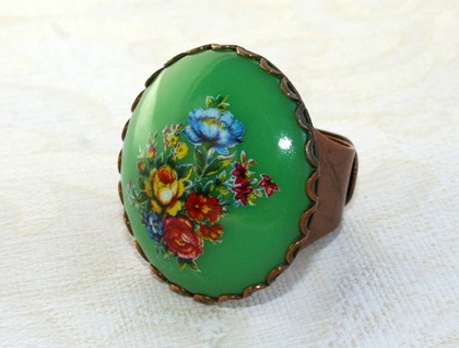green floral ring