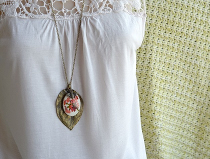 long vintage floral decal and huge leaf pendant