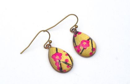 teardrop earrings - fuschia blooms
