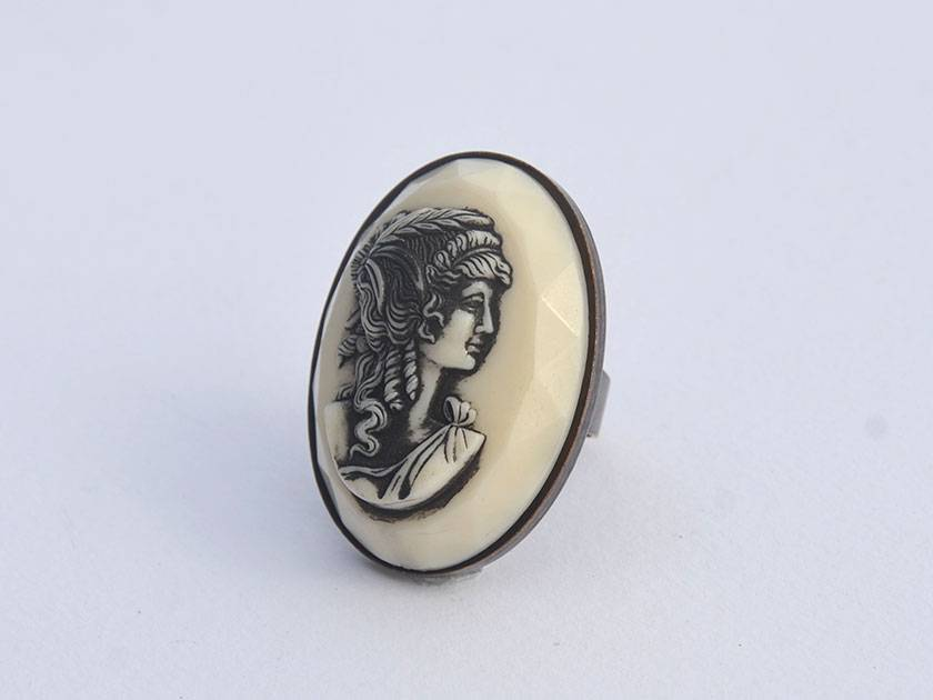 huge cameo relief ring