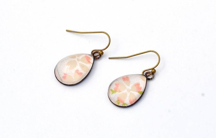 teardrop earrings - pink blossoms