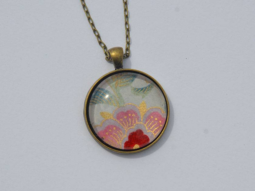 Last chance - clearance sale on 30mm glass image pendants