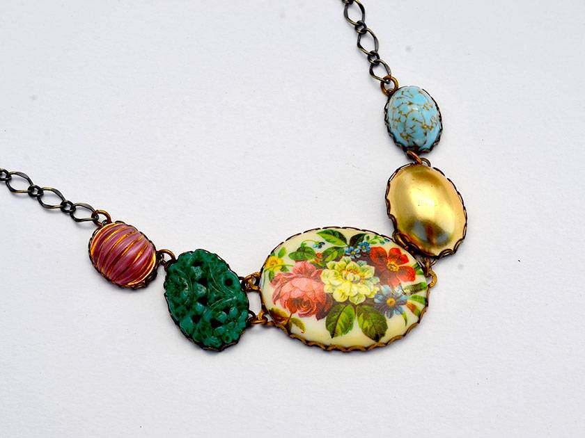 SALE - garden treat necklace