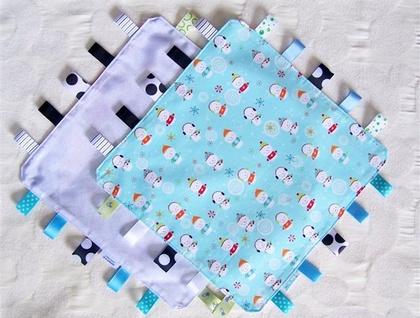 Taggy Blanket - Snowmen