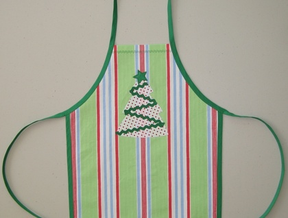 Toddler's Apron - Christmas Style!