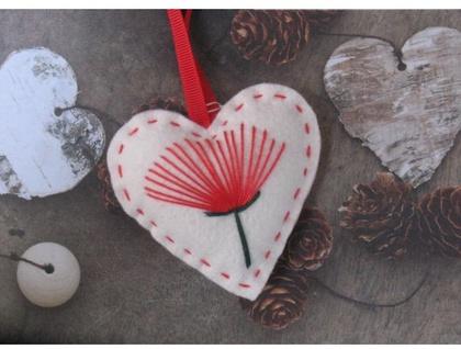 Pohutukawa Felt Christmas Heart Decoration Felt