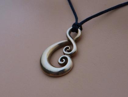 Solid bronze Pendant~ Maori Love symbol