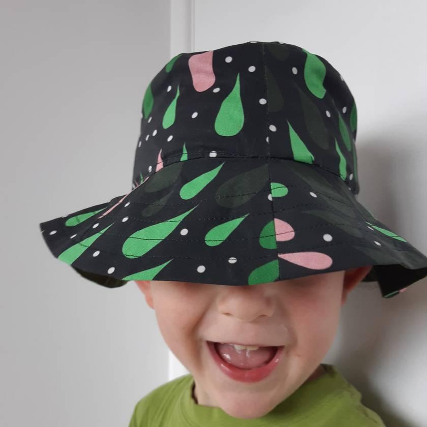 Raindrop Hat