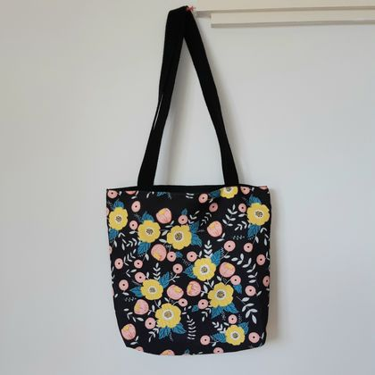 Mustard flower shoulder bag
