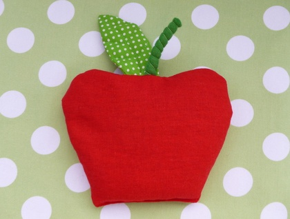 Apple wheat bag