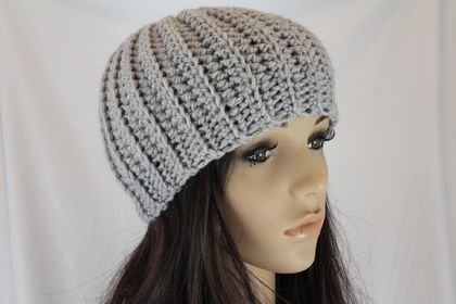 CLEARANCE Soft Chunky Ribbed Wool & Alpaca Blend Beanie in Grey