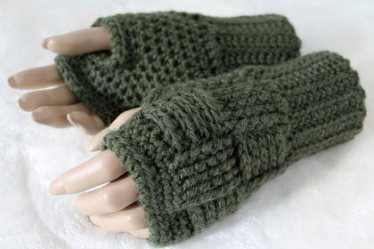 CLEARANCE 100% Wool Fingerless Gloves