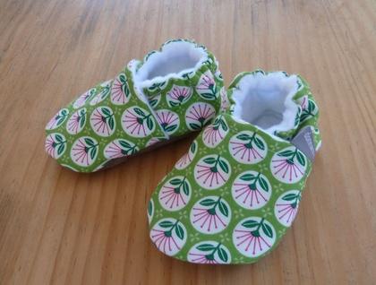 Pohutukawa Flower Baby Booties - 0-6 months