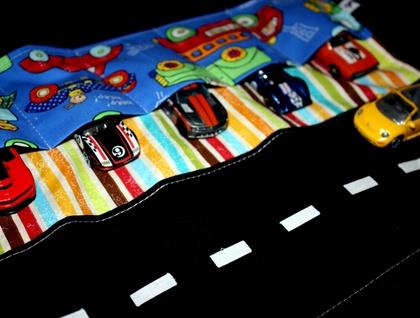 Little Man Car Caddy ~ Hot Wheels / Match Box Cars compatible