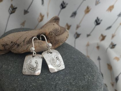 Silver Horse Shoe Earrings [2018-0022]