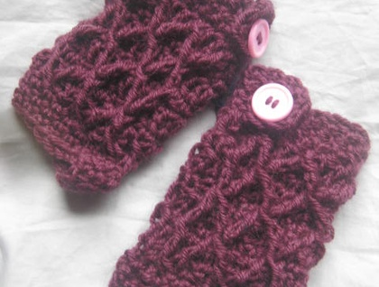 Maroon Wool Latticed Fingerless Mitts with Pink Buttons -100% WOOL