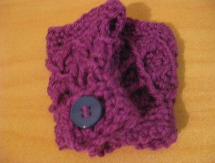 MINI Latticed Fuchsia Fingerless Mitts for girls - 100% Australian WOOL