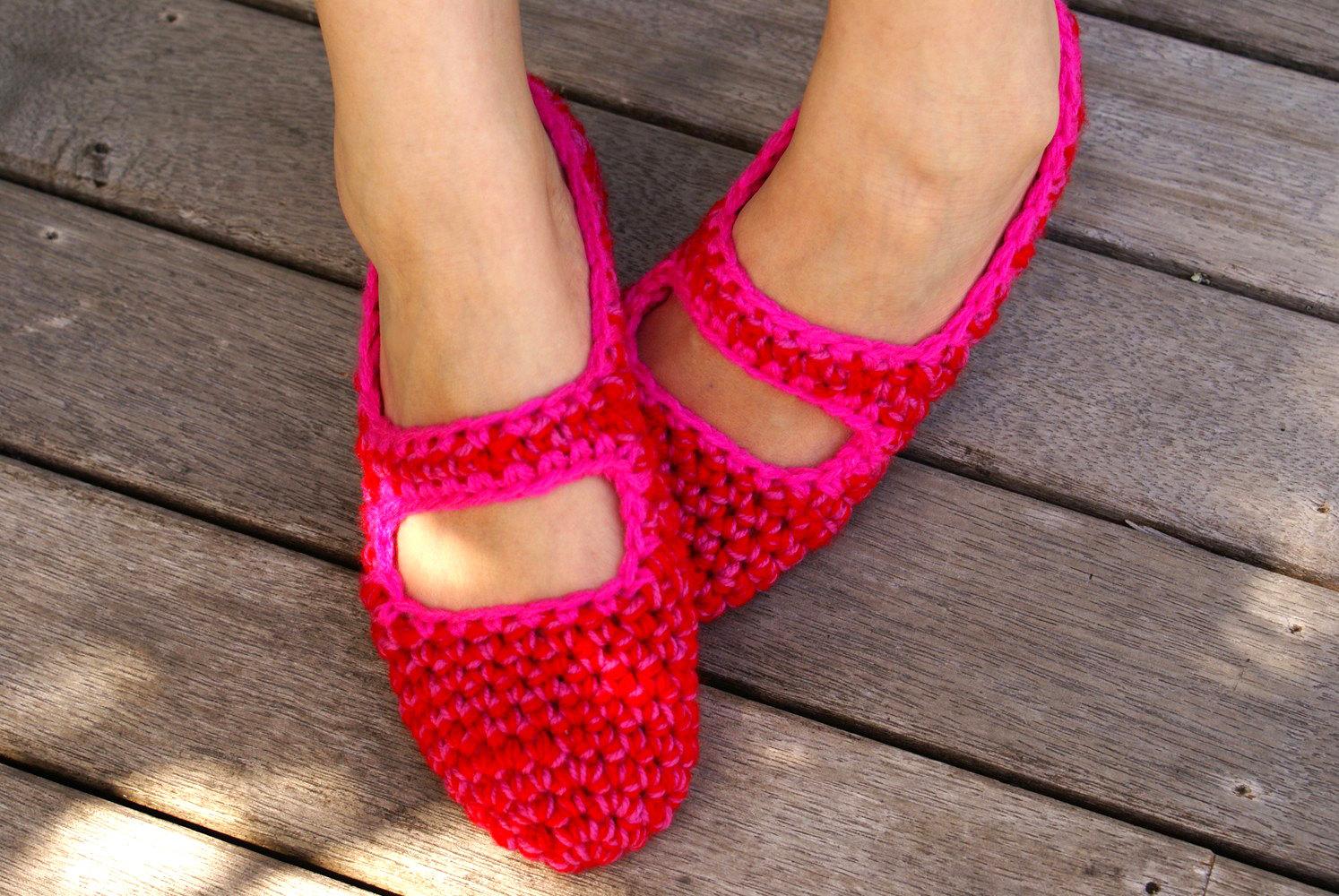 Womenu0026#39;s Crocheted House Shoes In Red U0026 Pink Mary Jane House Slippers Slipper Socks | Felt