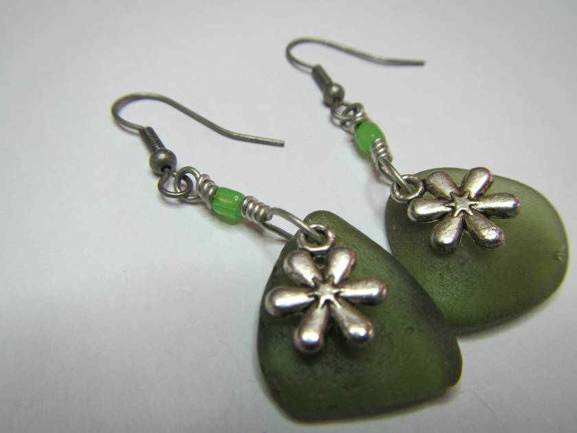 Green beachglass and flower charm earrings