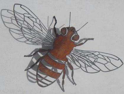 Kiwiana Garden Art HONEY BEE