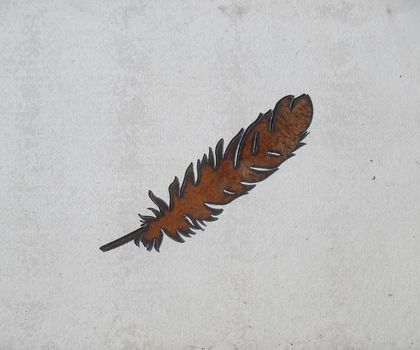 Kiwiana Garden Art SMALL FEATHER