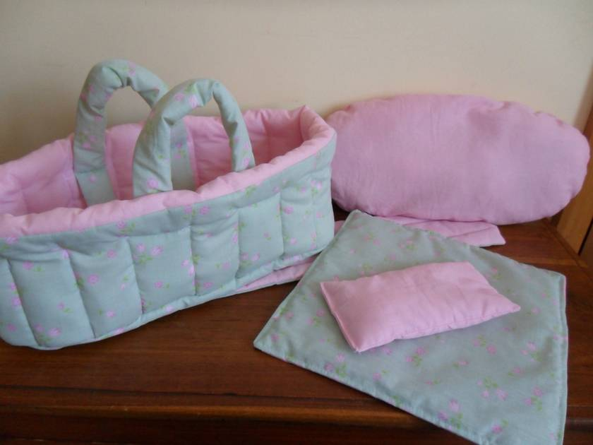 Dolls Carry Cot For Your Special Girl Felt