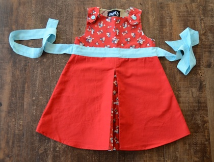 *asQ* ONE OFF DESIGN! Red, Turquiose, Pleated, Floral and Adorable!  ~ Size 4