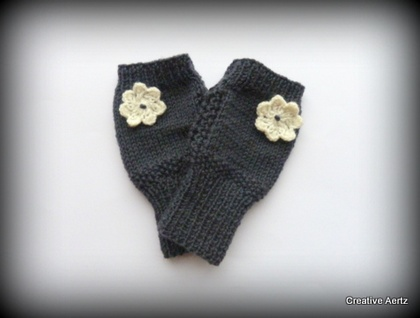Fingerless Gloves with Daisy Detail - 100% Wool (Made to Order)