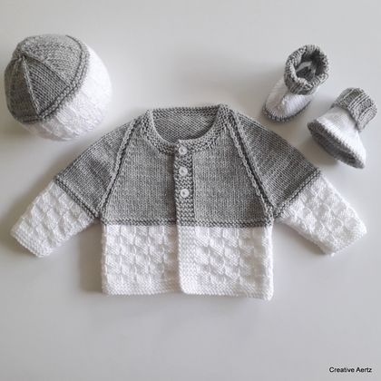 Hand Knitted Grey & White Layette/Set (0-3 Months)