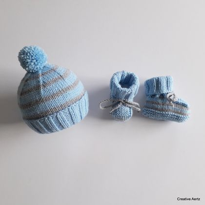 Pom Pom Hat & Bootie Set (Blue & Grey) - 0-3 Months