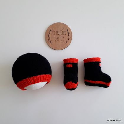 Knitted Red Band Gumbooties & Hat (100% Wool) - 3-6 Months