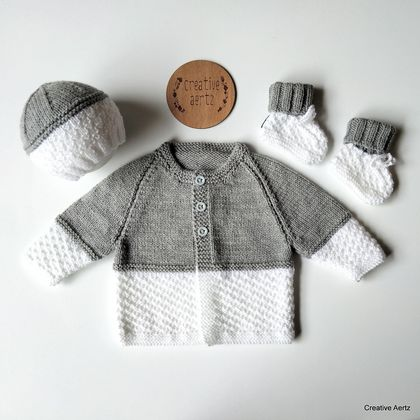 Hand Knitted Grey and White Set (0-3 Months) (Acrylic)